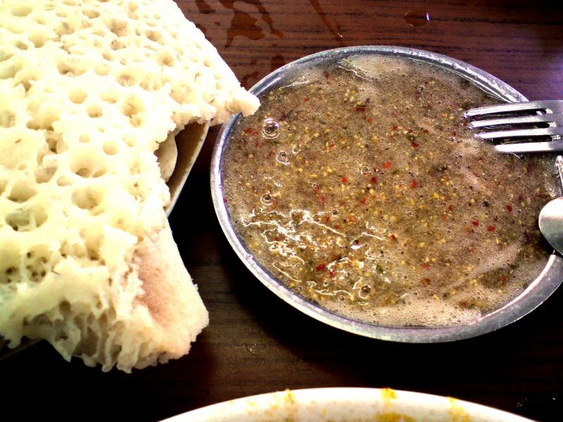 Йеменская кухня : Хильбе  и лахух